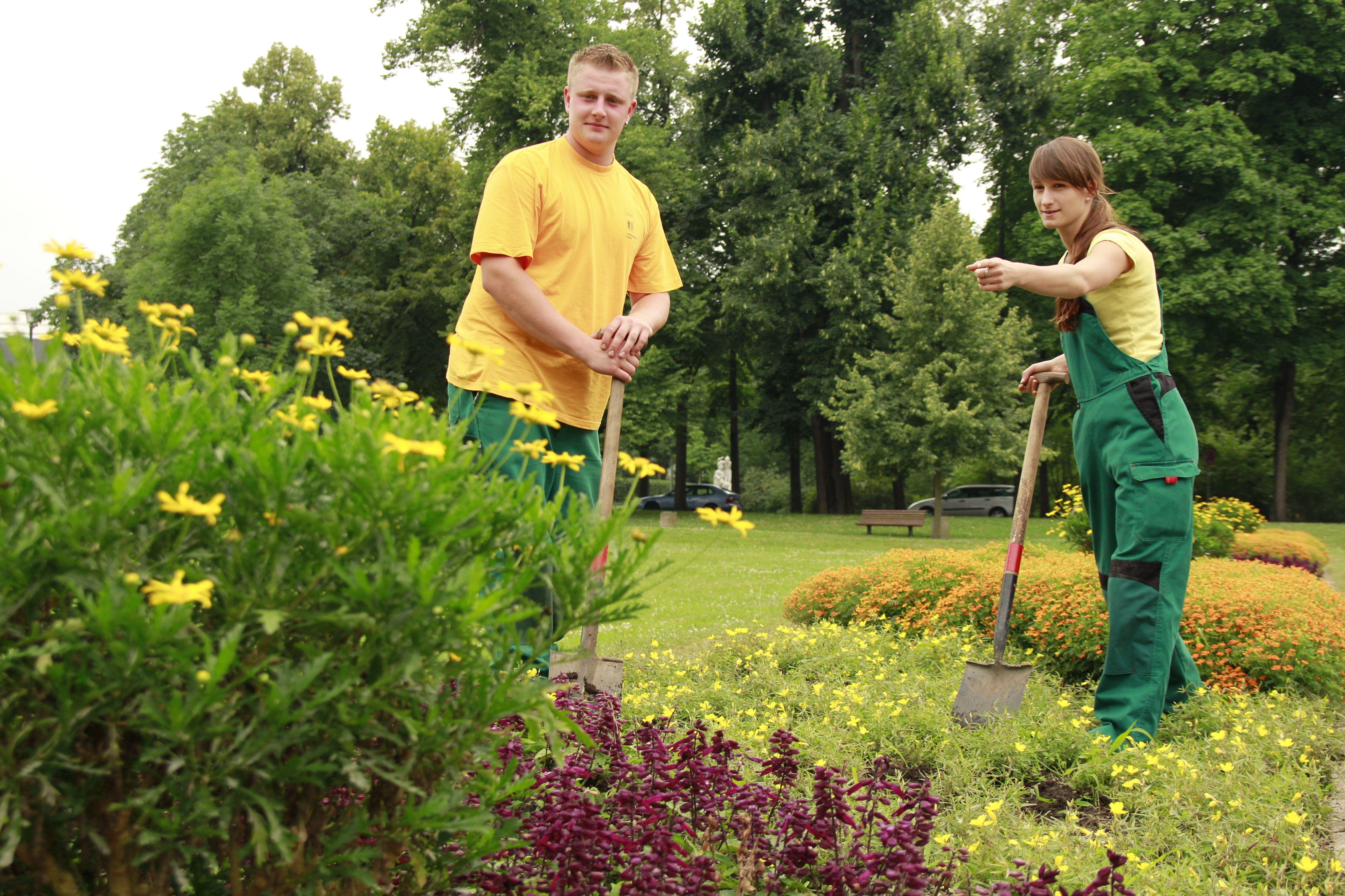 Gärtnerin Für Garten Und Landschaftsbau Landeshauptstadt Dresden