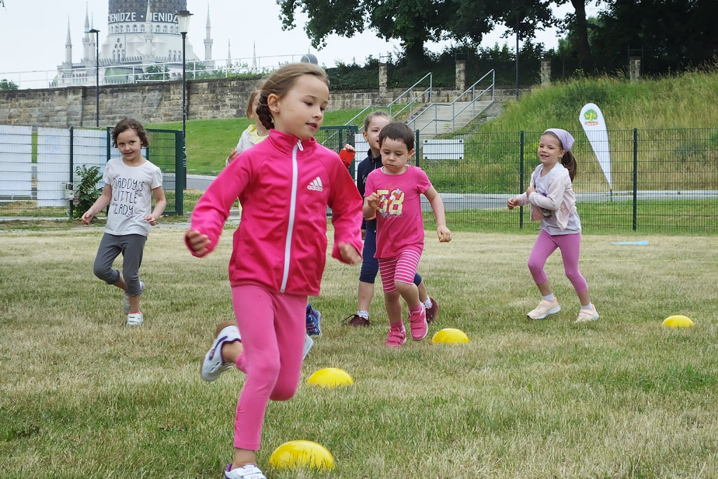 WHO_FIP_ActiveKids_02_1024.jpg